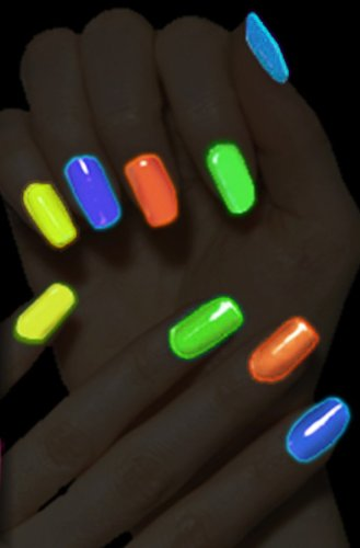 glow-in-dark-nail-polish