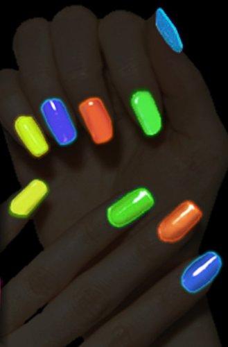 glow-in-dark-nail-polish