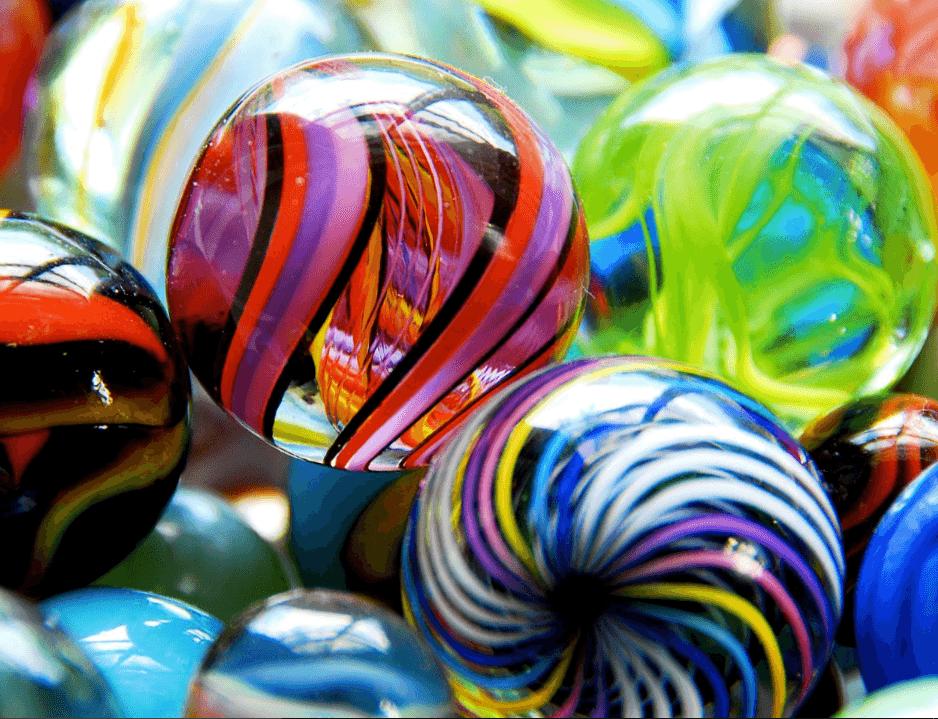 marbles-top-windows-10-theme-min